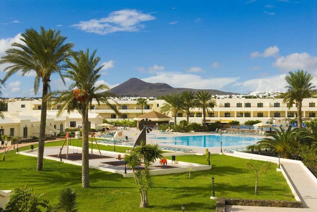 http://ccdn.viasaletravel.com/hotels/167/complexsantarosa.jpg