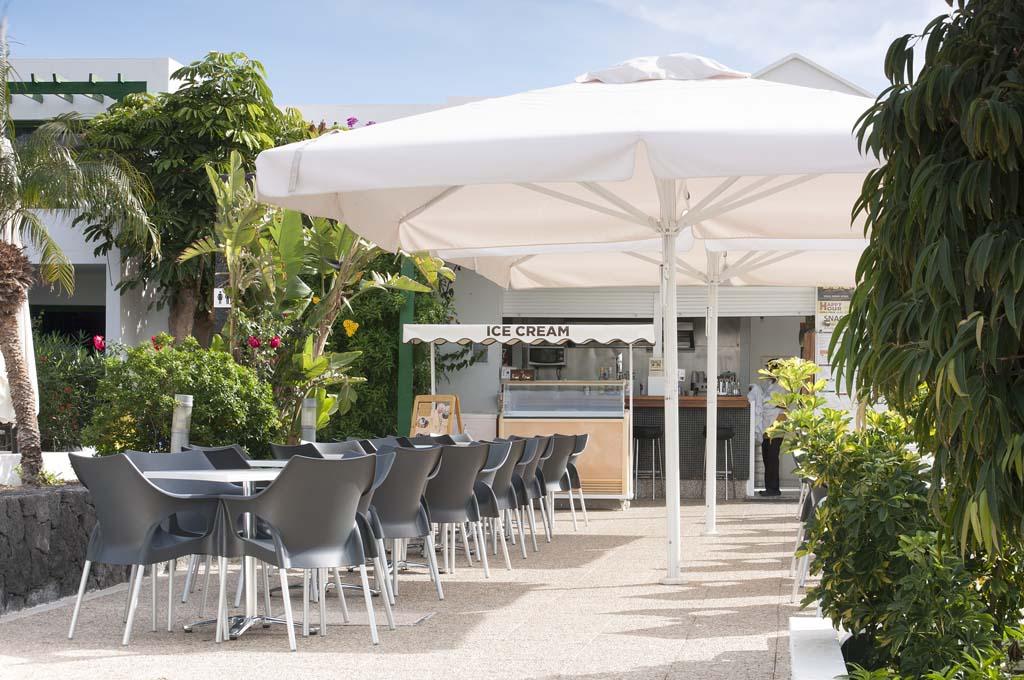 http://ccdn.viasaletravel.com/hotels/99/lomoblanco-lanzarote-1.jpg
