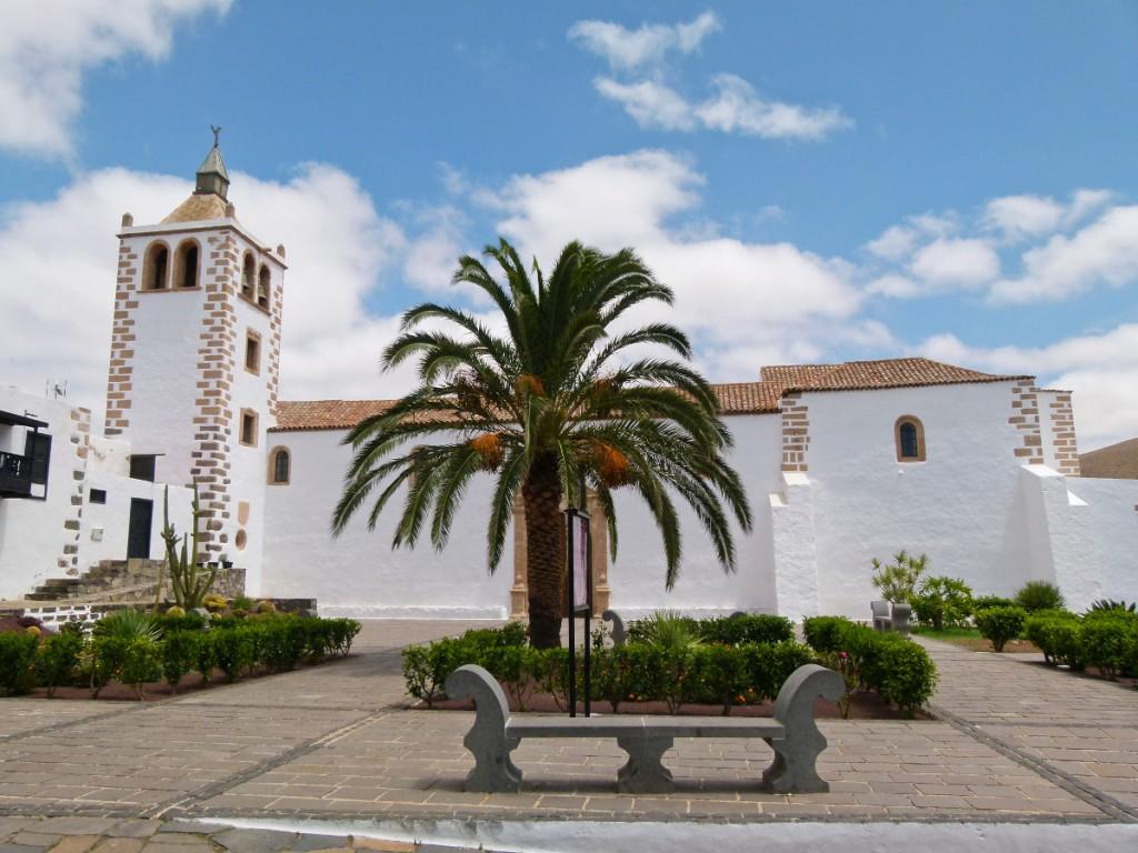 Dél- és Közép-Fuerteventura felfedezése magyar tolmácsolással