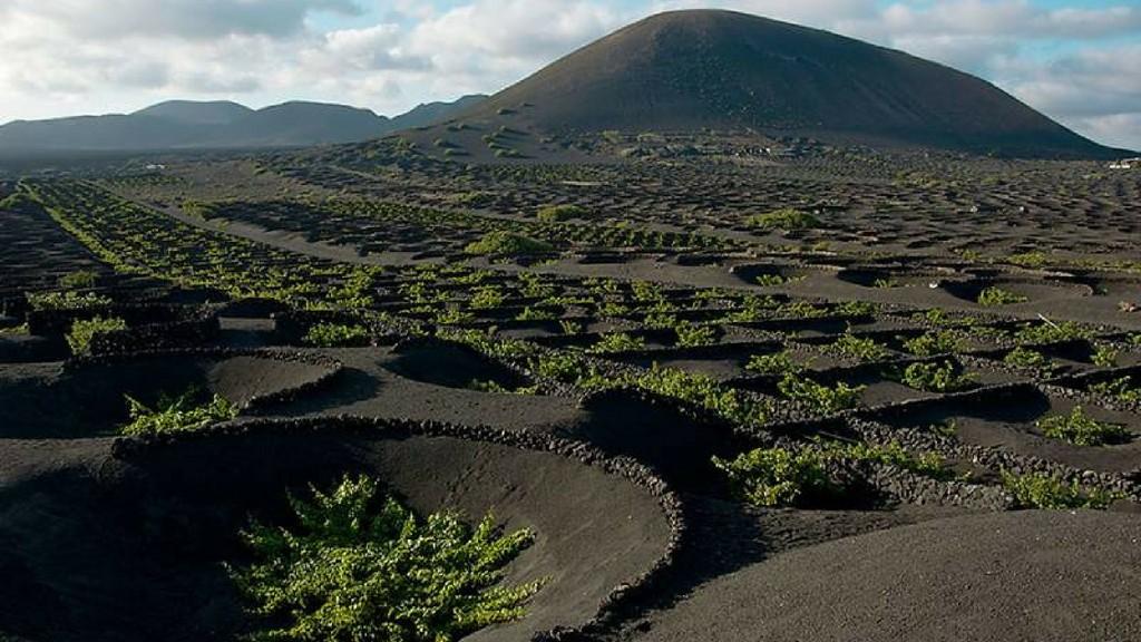Ostrov Lanzarote z Fuerteventury