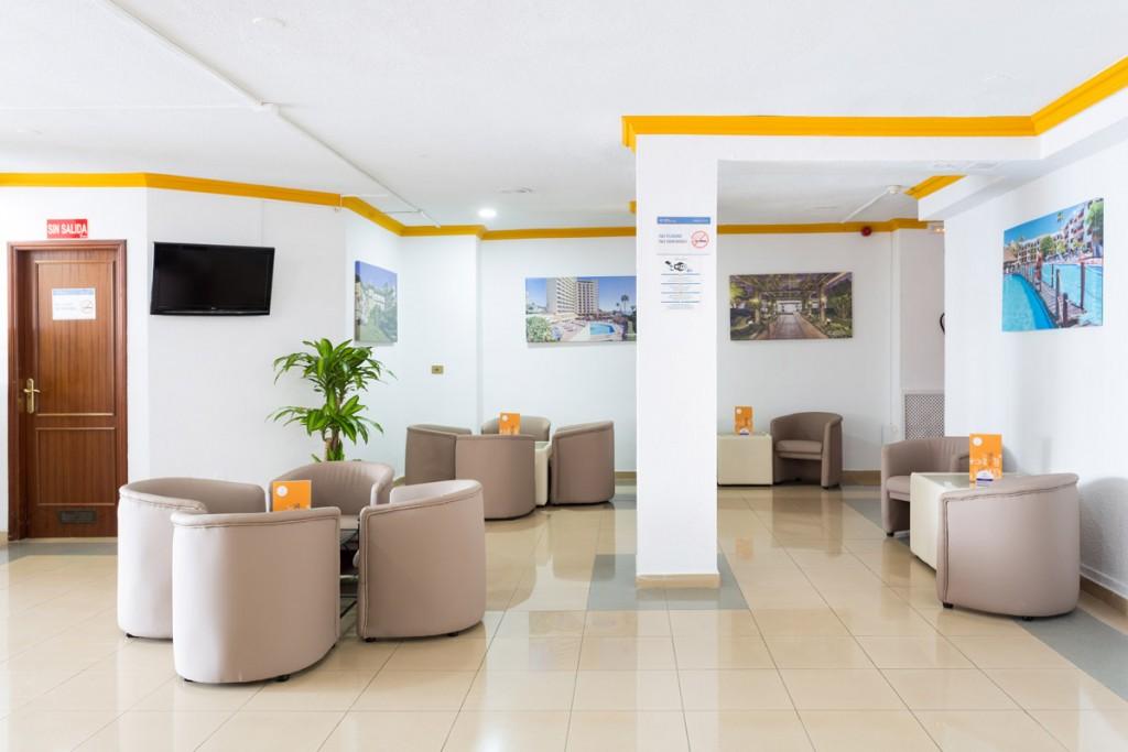 https://ccdn.viasaletravel.com/hotels/0055/globalesacuariobarsalon.jpg