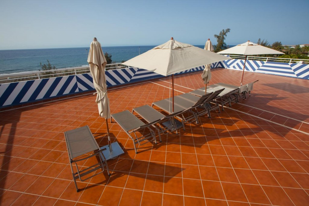 CORALLIUM BEACH BY LOPESAN HOTELS***