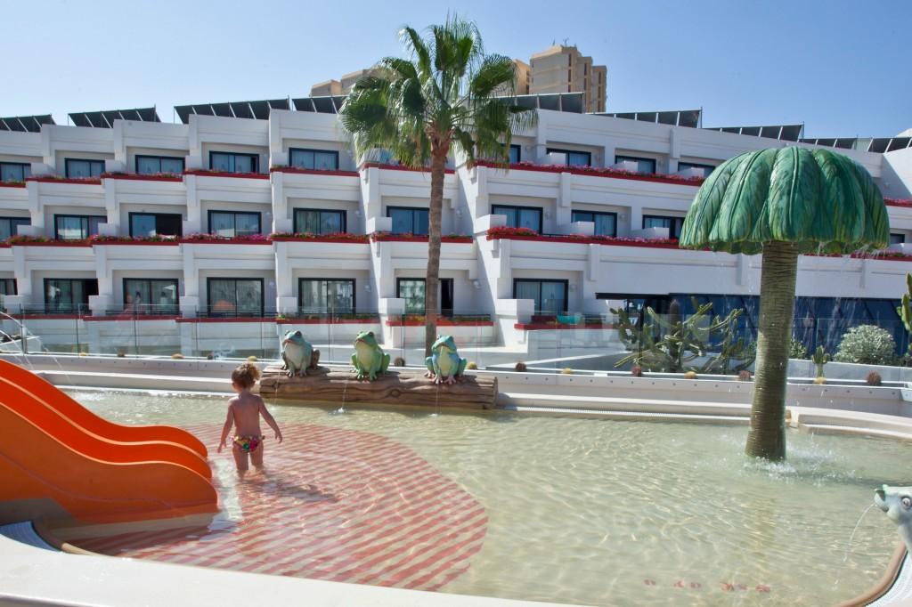 ALEXANDRE HOTEL GALA