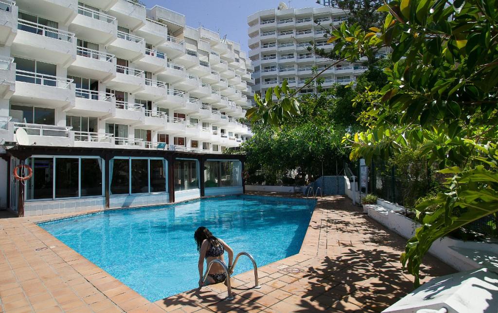 https://ccdn.viasaletravel.com/hotels/0165/bdeu8678.jpg