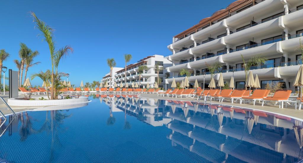 https://ccdn.viasaletravel.com/hotels/0311/01.hotelandswimmingpoolsgeneralview.jpg