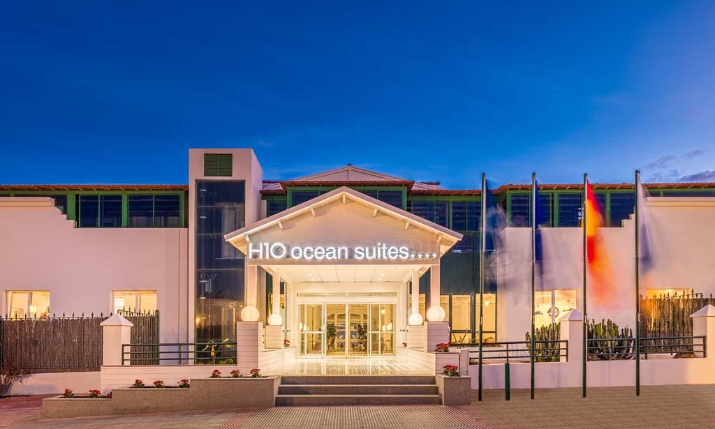 https://ccdn.viasaletravel.com/hotels/127/11_hos_facade.jpg
