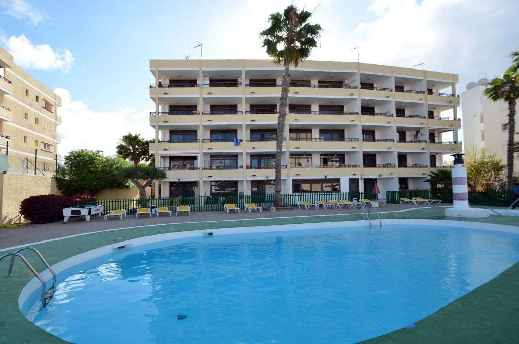 LOS JUNCOS I — Gran Canaria