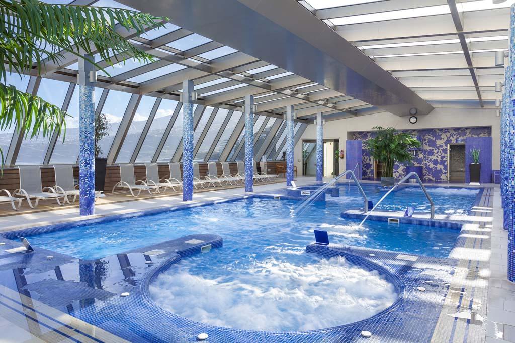 https://ccdn.viasaletravel.com/hotels/74/17bSolCostaAtlantis-Spa.jpg