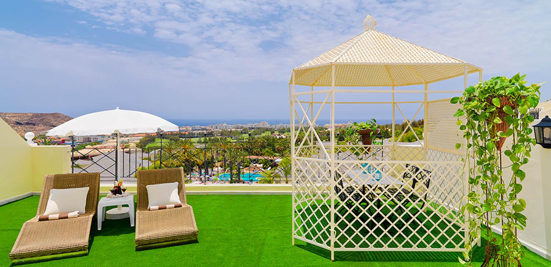 https://ccdn.viasaletravel.com/hotels/8/35-solarium-suite-2-dorm-gran-oasis_317_o.jpg